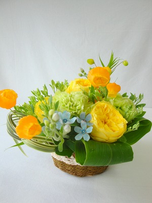 生花,アレンジ,バラ,カーネンション,イエロー,グリーン