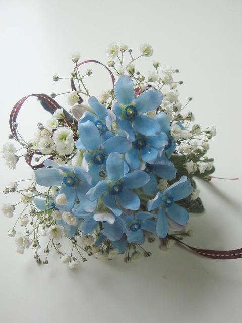 生花,コサージュ,ブルースター,かすみ草