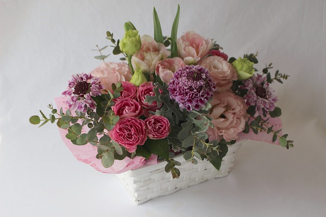 生花,アレンジ,チューリップ,スカビオサ,トルコ桔梗,バラ,ピンク,グリーン