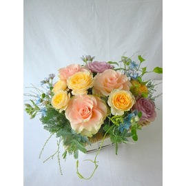 生花,アレンジ,バラ,クリーム,ライトピンク,ライトブルー