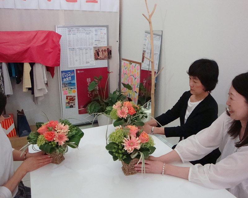 衣料関係ショップでのイベント 「素敵な生花アレンジメント」